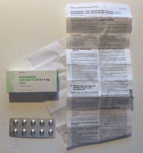 Om een receptplichtig medicijn te krijgen is het noodzakelijk om een voorschrift van een arts aan een apotheker te geven (Prescription-only-medicijnen, POM).